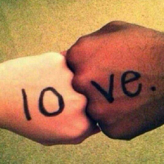 hands love